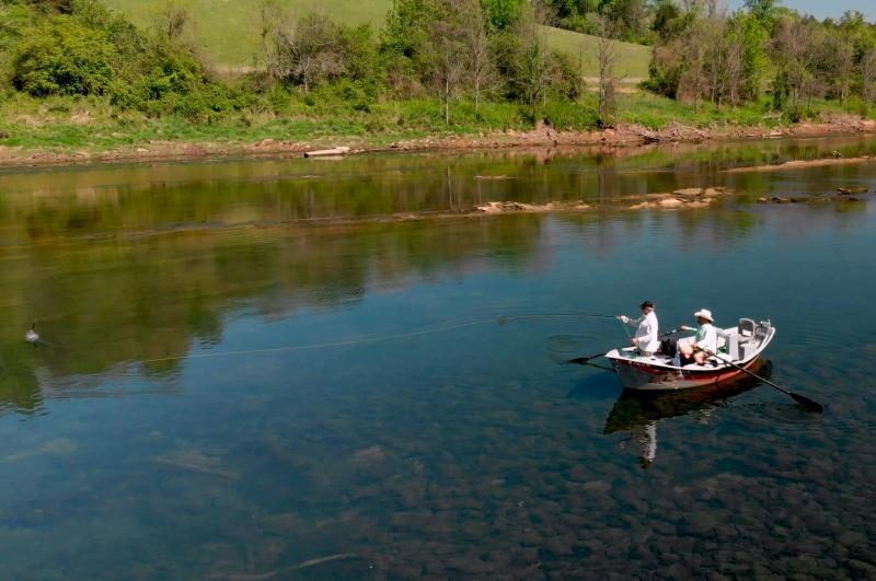 Guided drift boat fly fishing trips for trophy trout in Tennessee