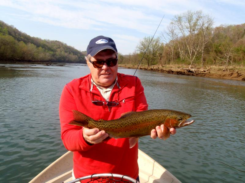 Fly fishing guides for trophy trout in Tennessee, Knoxville, Chattanooga, Nashv