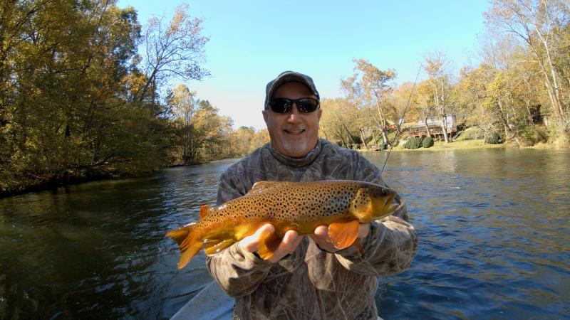 Trophy class fly fishing on guided driftboat trips in Tennessee Clinch River